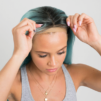 jak zamontować perukę