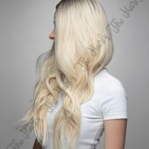 Peruka syntetyczna blond platyna z odrostem falowane