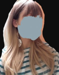 Peruka syntetyczna ciemny blond ombre proste grzywka photo review